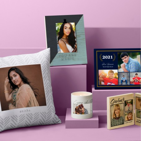 Personalized graduation frames make great keepsakes and graduation gifts.