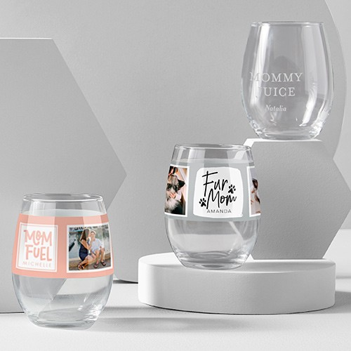 Custom wine glasses with engraved names photos