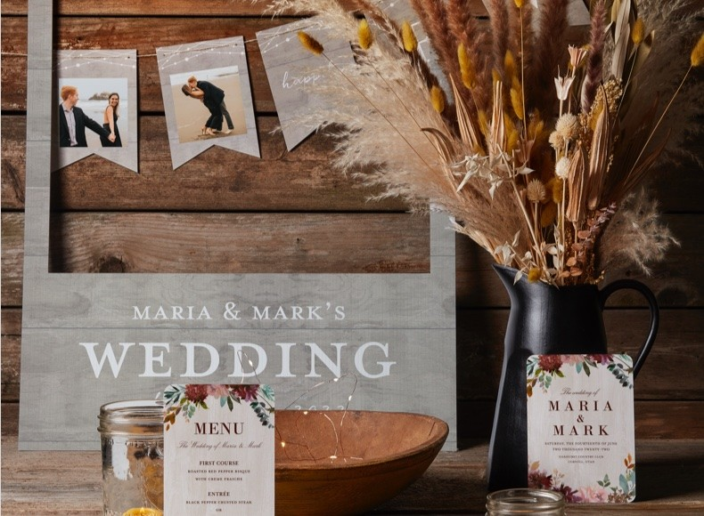 customized wedding programs and wedding menus with personalized place cards
