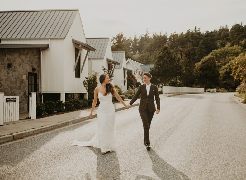 personalized and custom wedding photos and wedding prints