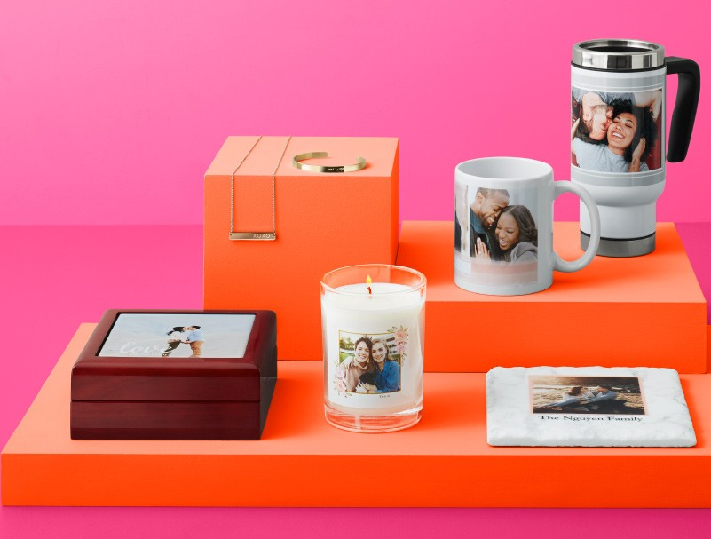 The best Valentine's Day gifts come from the heart. Shop personalized gifts like custom coffee mugs and more.